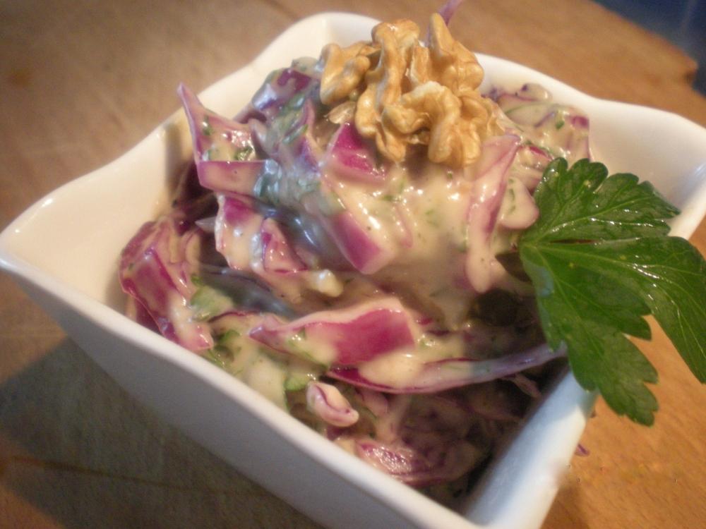 insalata di cavolo viola con maionese di mandorle