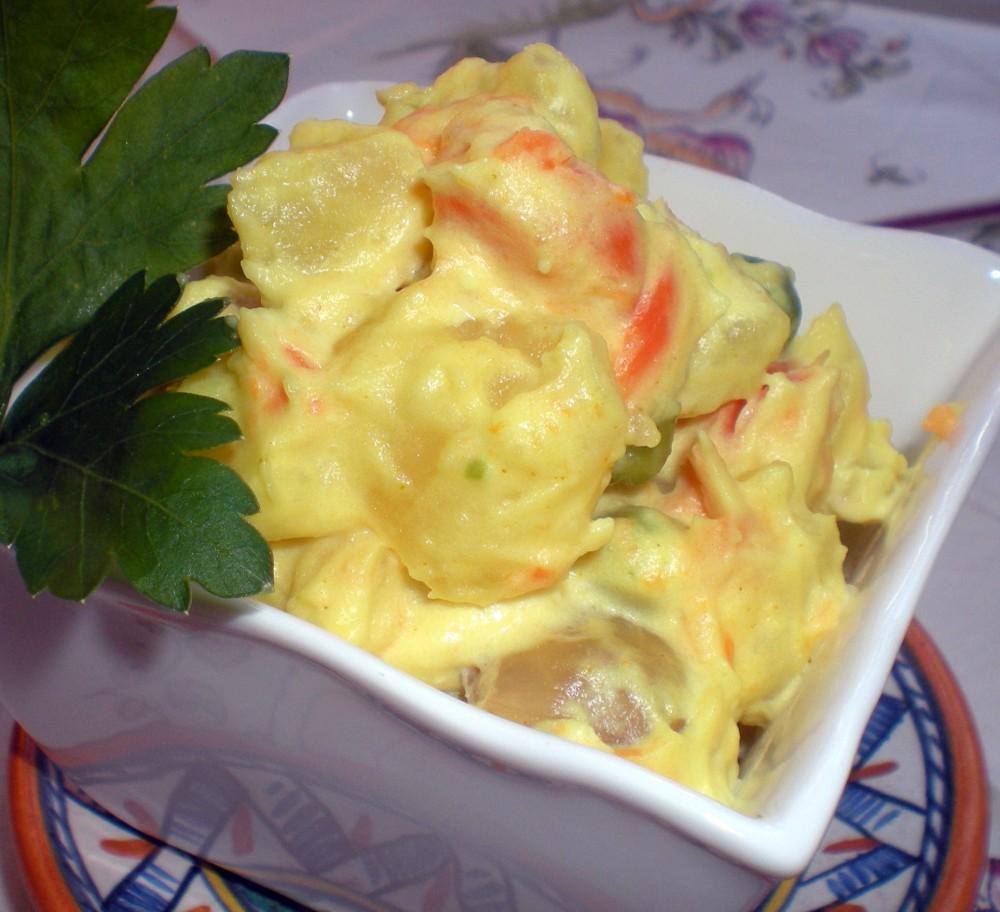 insalata russa con maionese di mandorle (senza uova)