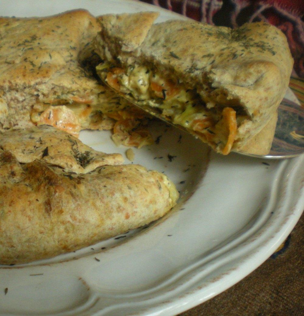 torta salata di farro con carote e porri al timo